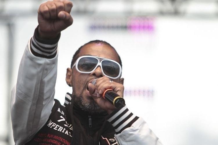 O rapper Thaide faz parte da primeira geração do movimento hip hop e  continua fiel ao 34b7ee917e