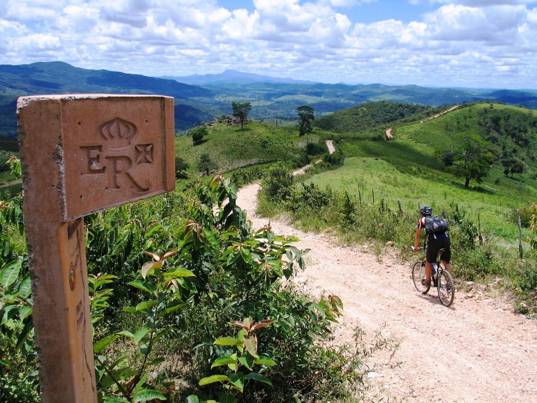 Resultado de imagem para Minas Gerais – O Caminho da Luz  passeio de bike