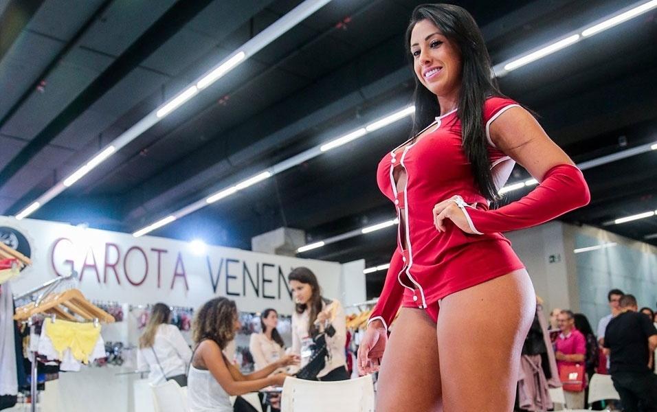 Musa do Brasil 2015 usa fantasias sexy e mostra demais em ...