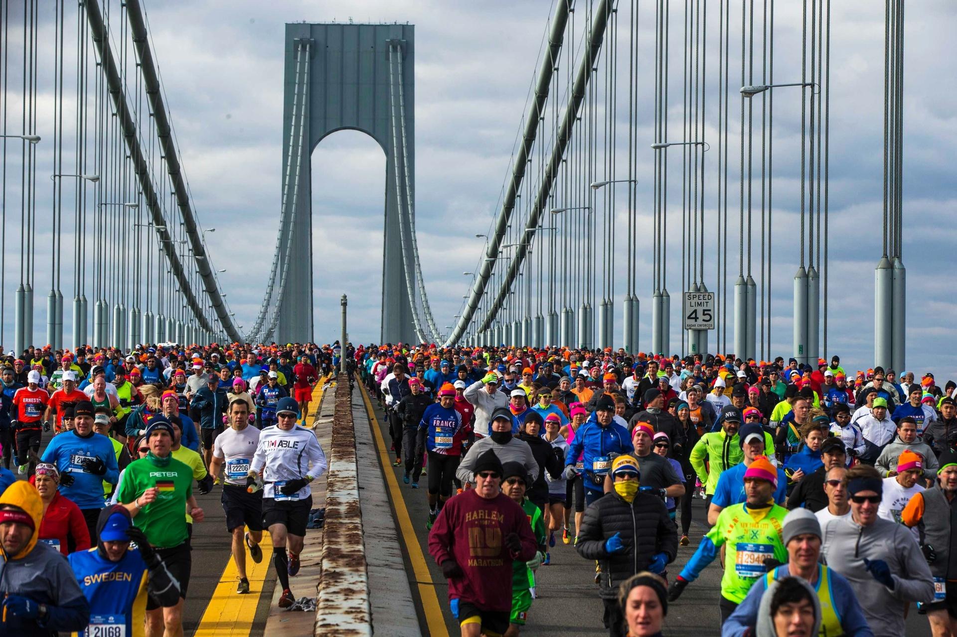 Agente é investigado por participação de russos em maratonas nos EUA -  03 11 2016 - UOL Esporte ae34c4dfaf7cc