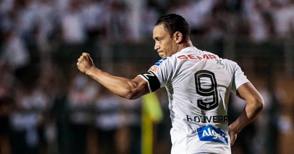 ricardo oliveira abriu o placar para o santos no pacaembu 1493948476765 956x500 Na caça do Timão, agora só Palmeiras e Santos.