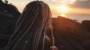 Marca carioca nega    Loja Três é acusada  de racismo, assédio moral e gordofobia; veja relatos