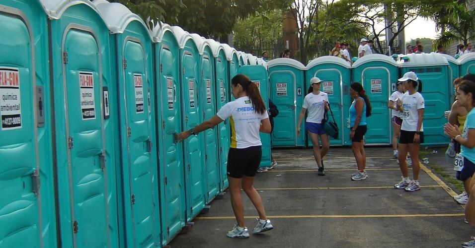 Locação Banheiro Quimico Santos Sp : Veja modelos de banheiros qu?micos para loca??o fotos