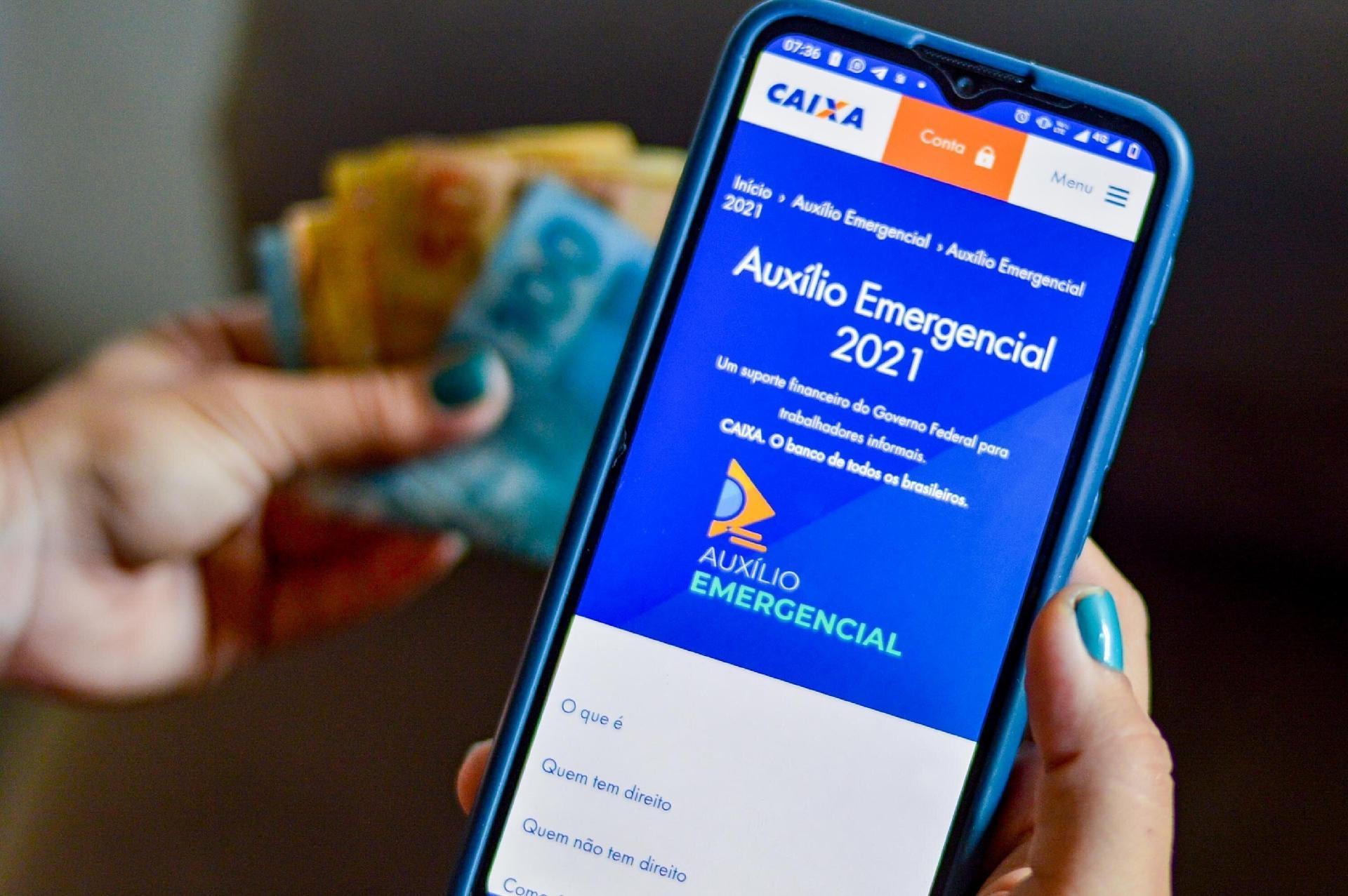 Auxílio emergencial: 5ª parcela paga até R$ 375; veja quem saca agora