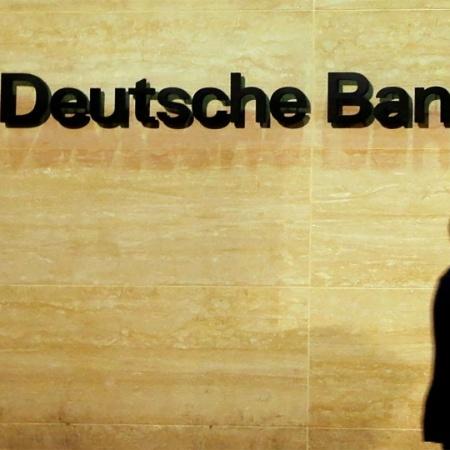 Em todo o ano de 2020, a receita do Deutsche Bank cresceu 4% - Luke MacGregor/Reuters