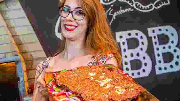 Larissa Morales, do canal Larica na Brasa - Divulgação