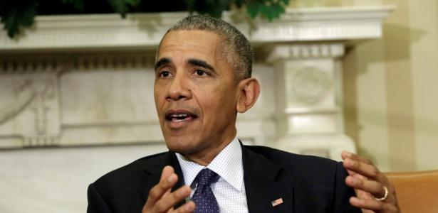 Barack Obama, presidente dos Estados Unidos, fala com jornalistas no Salão Oval da Casa Branca, em Washington (EUA)