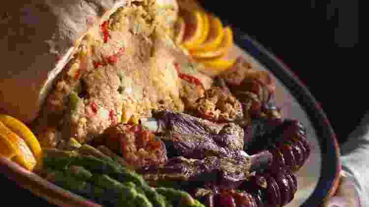 A comida alentejana é rica variada, com sopas, carnes e sobremesas - Getty Images/iStockphoto