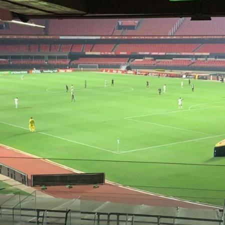 Morumbi vazio em um clássico entre São Paulo x Santos realizado no ano passado - Felipe Espíndola/SPFC