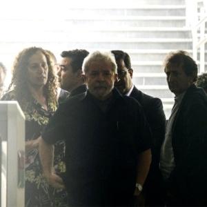 Cai imagem de 'intocável', mas nasce o Lula 'perseguido', diz professor - Marcos Bizzotto/Raw Image