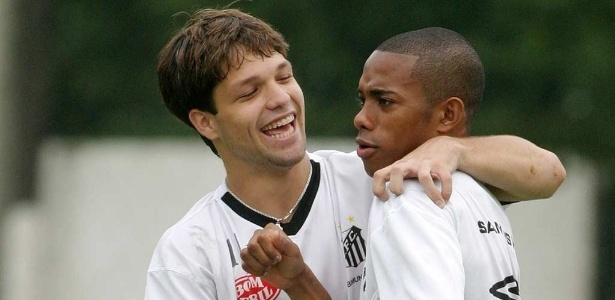 Diego e Robinho vão se enfrentar pela terceira vez na carreira, a primeira no futebol brasileiro