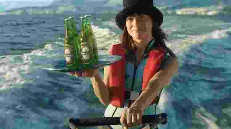Campanha da Heineken com 007 mulher - Reprodução/YouTube