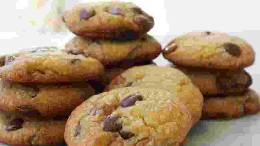 Cookies com gotas de chocolate, de Bia Szasz - Divulgação