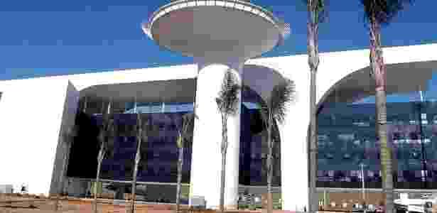 Cidade Administrativa de Minas Gerais custou R$ 1,3 bilhão e e está sob investigação - Renato Cobucci/EFE