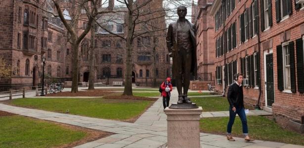 EUA registram centenas de casos de covid-19 na volta às aulas dos universitários - Andrew Sullivan/The New York Times