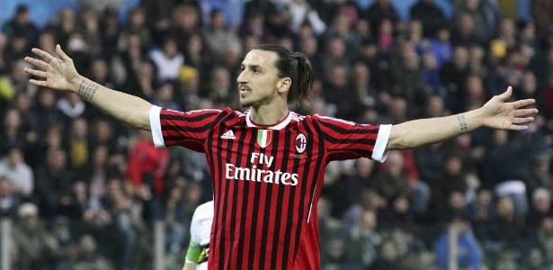 Ibrahimovic durante primeira passagem pelo Milan: possibilidade de retorno