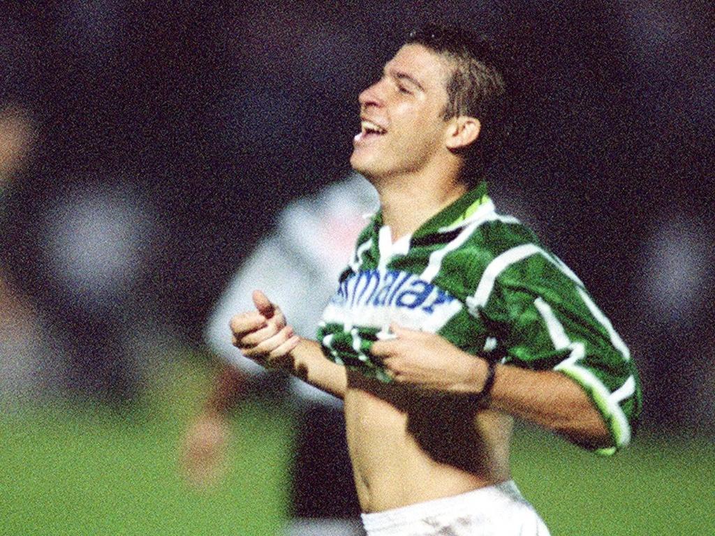 Luizão atuando pelo Palmeiras no Campeonato Paulista de 1996