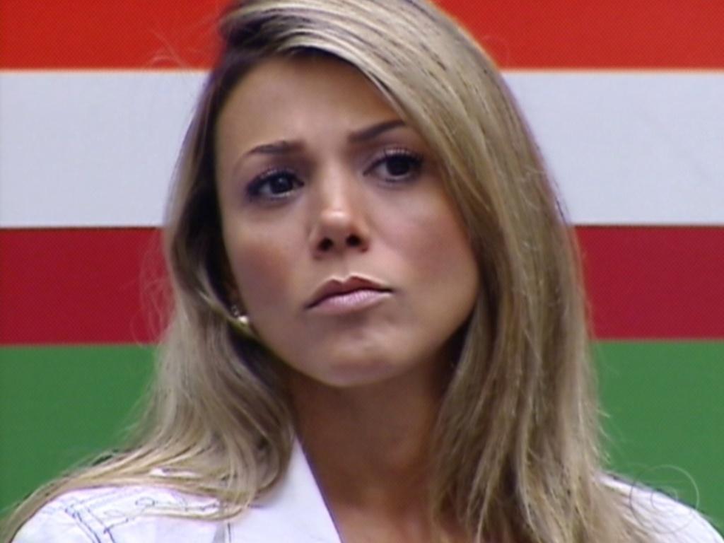 A liderança de Fabiana foi confirmada e a líder já teve que fazer sua indicação para o paredão (23/3/12)