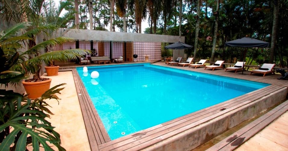 Como nas edições norte-americanas, casa dos lutadores tem piscina e outras estruturas de lazer. O luxo do lar dos brasileiros, no entanto, supera o visto nas edições dos EUA