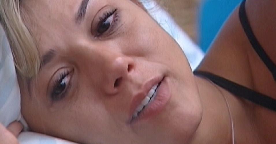 Fabiana chora em conversa com Kelly (23/3/12)