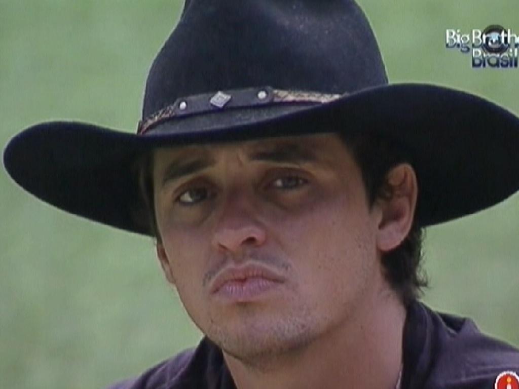 Fael confessa para Jonas que está decepcionado com Fabiana (23/3/12)