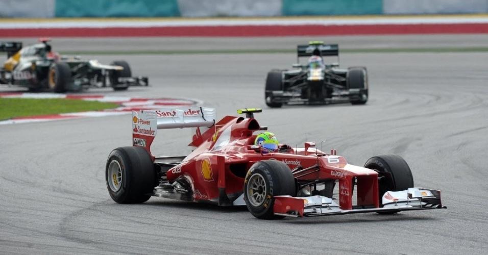 Felipe Massa ficou satisfeito com o novo carro após conquistar a 12º posição no grid