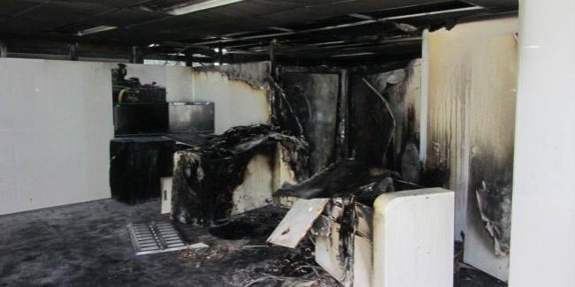 Instalações da Lotus foram atingidas por um incêndio antes do treino de classificação na Malásia