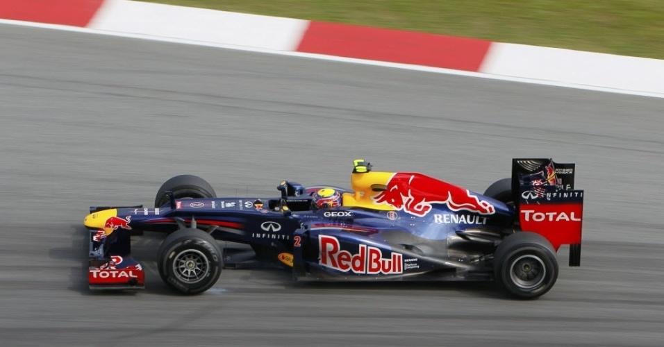 Mark Webber passou para o Q2 em primeiro lugar no treino de classificação do GP da Malásia
