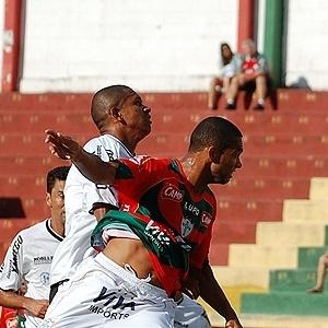 Portuguesa venceu o Comercial-SP por 3 a 0 no Canindé (24/03/2012)