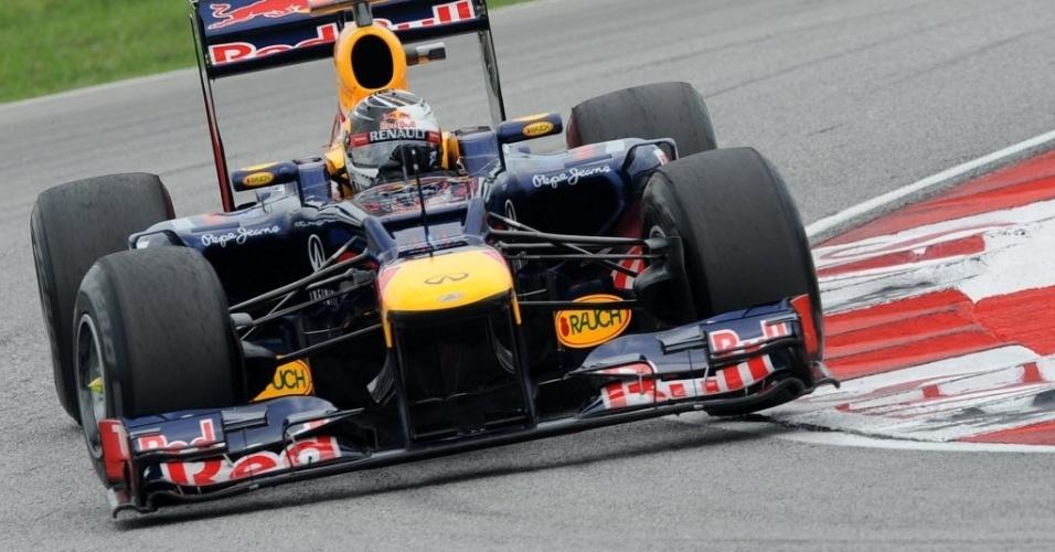 Sebastian Vettel corre em Sepang  último treino livre antes da classificação para o GP da Malásia
