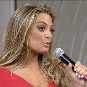 """Monique conversa com Faustão sobre sua participação no """"BBB12"""" (25/3/12)"""
