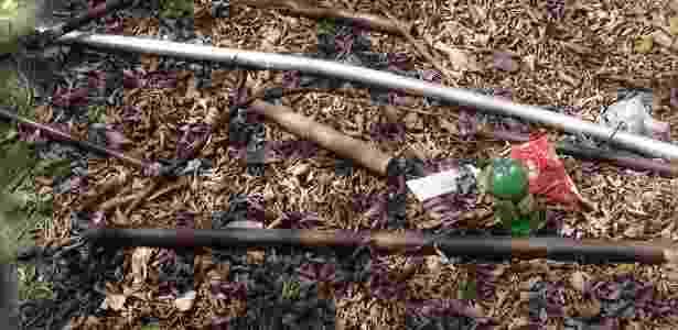 Armas usadas na briga entre corintianos e palmeirenses em março de 2012 - Pedro Taveira/UOL Esporte