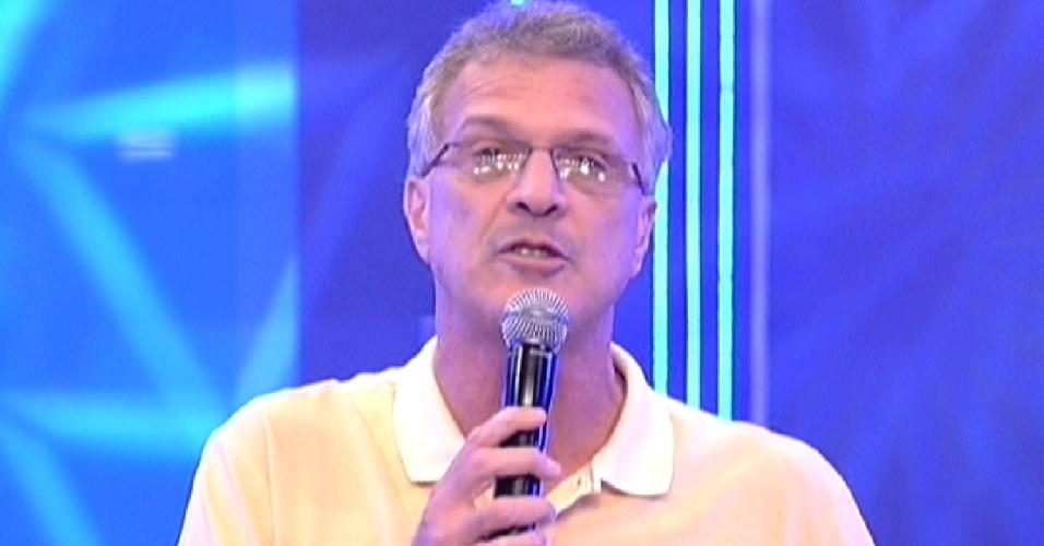 """Pedro Bial começa o programa que terá a 12º eliminação do """"BBB12"""" (25/3/12)"""