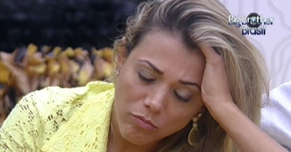 Fabiana disse que ficou surpresa com a eliminação de Kelly (26/3/12)