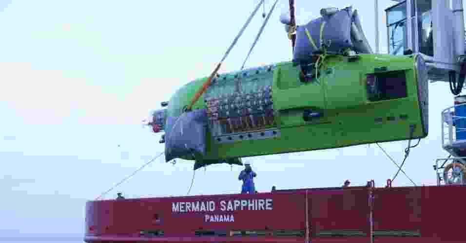 A National Geographic, parceira da expedição, indicou que Cameron havia atingido em seu submarino, projetado para a ocasião, a zona mais profunda conhecida do oceano, situada a 10.898 metros nas Fossas Marianas - Divulgação