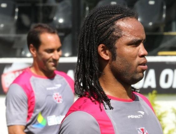 Edmundo e Carlos Alberto participam de treinamento em São Januário (27/03/2012)