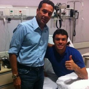 Vanderlei Luxemburgo visita Kleber no hospital (27/03/2012)