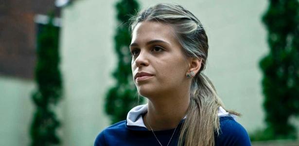 Aos 20 anos, Luiza Almeida vai à segunda Olimpíada na carreira; a bela defende a caipirinha tradicional