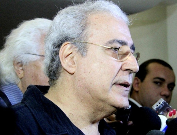 Ivan Fernandes, filho de Millôr, agradece as homenagens da imprensa ao seu pai (29/3/12) - AgNews