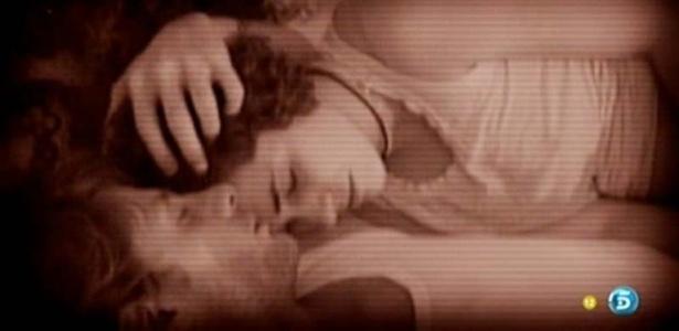 """Noemí dorme com Alessandro no """"Gran Hermano"""" (29/3/12)"""