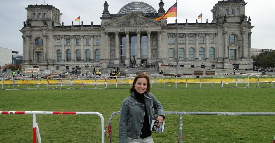 Luciana Marganelli Esberard estudou alemão por duas semanas na escola DID Deutsch-Institut, em Berlim, e por duas semanas com professor particular em Leverkusen