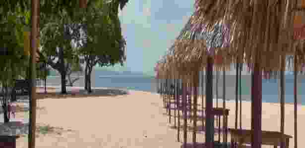 A praia de Pindobal, à beira do rio Tapajós, é atração turística de Belterra, mas pode virar cenário para um porto para exportar grãos - Rodrigo Bertolotto/UOL - Rodrigo Bertolotto/UOL