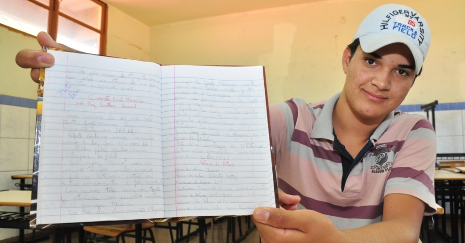 João Victor, de 13 anos, aluno da escola onde Fael estudou em Aral Moreira (30/3/12)