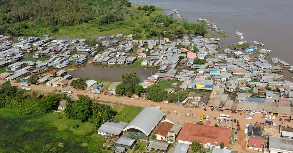 Ministro Fernando Bezerra Coelho anunciou a liberação de R$ 8 milhões para socorro e assistência aos amazonenses, vítimas das cheias dos rios Juruá e Purus, que pode ser a maior da história do Amazonas