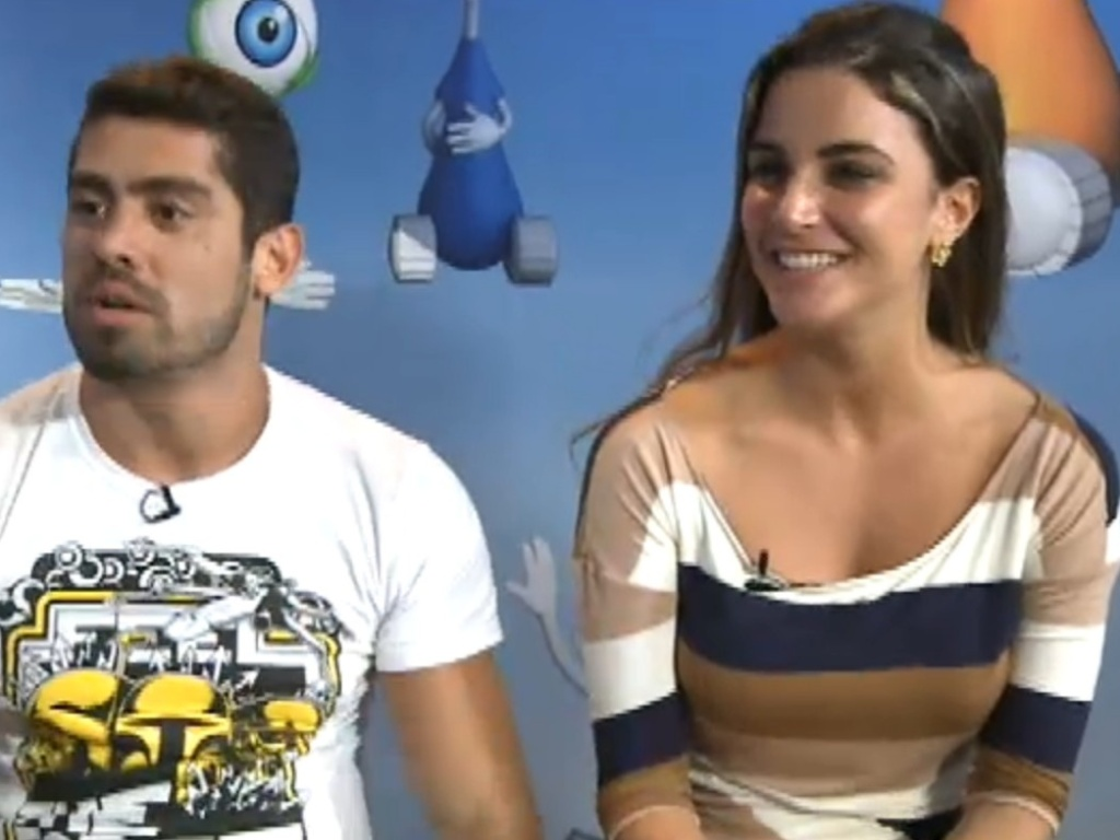 Yuri e Laisa participam de maratona de bate-papo (30/3/12)