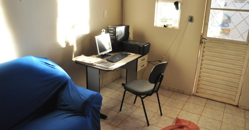 A casa de Fael em Aral Moreira (1/4/2012)