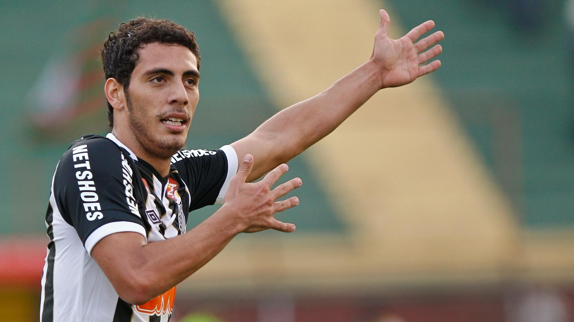 Dimba marcou o segundo gol do Santos após boa jogada de Felipe Anderson