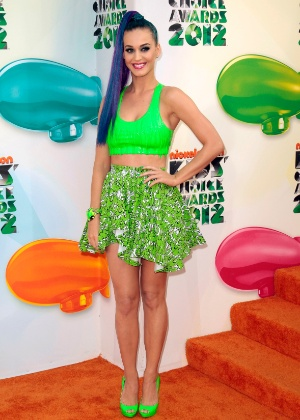 Katy Perry chega ao Kid's Choice Awards em Los Angeles, EUA (31/3/12)