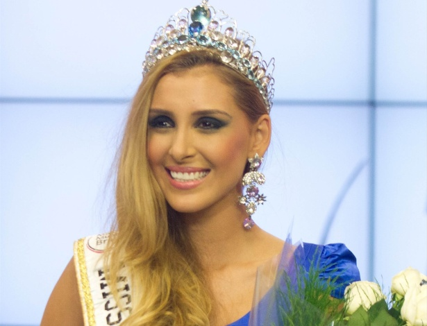 Mariana Notarângelo, do Rio de Janeiro, é coroada Miss Mundo Brasil 2012 - Renan Olaz/ Futurapress/Agência Brasil