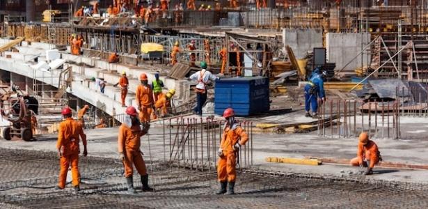 As obras chegaram a 54% de execução em março no Estádio Nacional Mané Garrincha, em Brasília (DF)